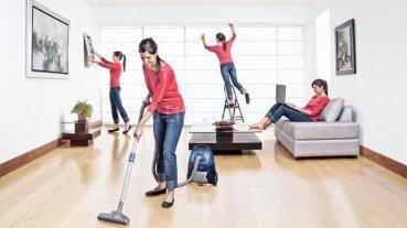 Tener un marido implica 7 horas de trabajo extra para una mujer