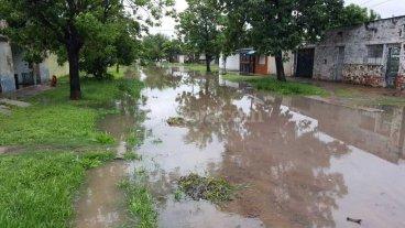 Complicaciones en algunos barrios por las lluvias