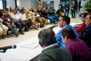 Municipales paran este jueves en toda la provincia