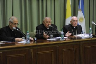 La Iglesia desclasifica sus archivos de la dictadura militar
