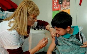 Incorporan al Calendario Nacional las vacunas contra el VPH y el meningococo
