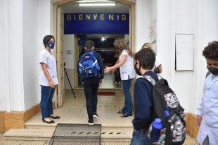 Presencialidad: Nación monitorea la situación sanitaria de Santa Fe Reuniones en la Casa Rosada