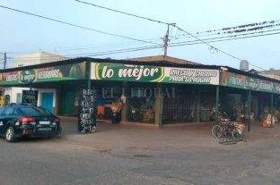 Golpe comando en una verdulería: robaron armas y una millonaria suma de dinero  Villa Gobernador Gálvez