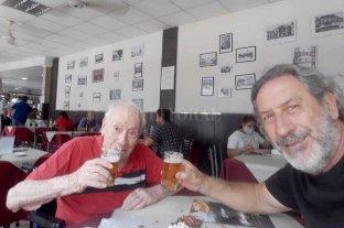 Increíble video: ¡con 105 años dice que gana Unión! Nació en 1915: el Tate más viejo de todos