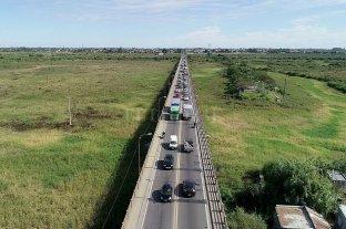 Los efectos del corte en la autopista: caos en el Puente Carretero Acceso a Santo Tomé