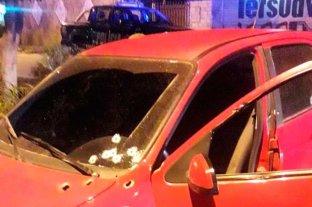 Acribillaron a un hombre mientras manejaba su auto en Rosario 115 homicidios en 2021