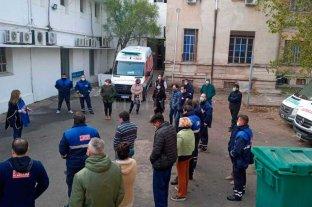 Personal del 107 realizó una asamblea ante la falta de respuesta de los directivos En el ex hospital Italiano