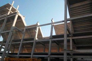 """En dos semanas se """"cierra""""  la imponente tribuna de Unión Va tomando forma la obra más importante de Spahn"""