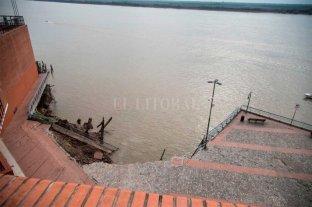 Derrumbe en Parque España: autoridades de Rosario evalúan los daños Bajante histórica del Río Paraná