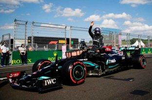 """Hamilton hizo """"pole"""" y largará primero en el GP de Hungría F1"""