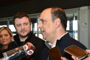 """Corral: """"Esta es una propuesta plural, para defender a Santa Fe en el Congreso"""" Con López Molina presentaron la lista"""