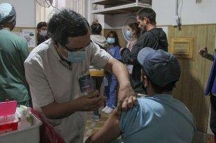 """En los operativos """"rastreo"""" de personas sin inmunizar, ya aplicaron 30 mil dosis Covid-19"""