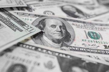 El dólar blue volvió a subir y llegó al récord histórico de $ 196 Cotizaciones