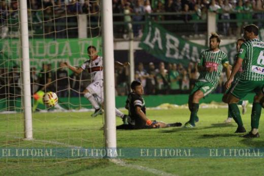Copa Santa Fe: Unión de Sunchales 3 - Colón 2