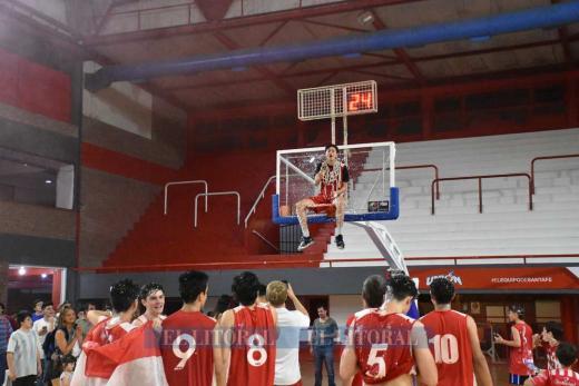 Básquetbol U17. Unión Campeón, le ganó a Banco 77 a 75 en tiempo suplementario