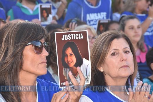 Acto por Vanesa Castillo docente asesinada en Alto Verde