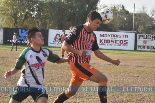 Liga de fútbol: Las Flores vs. Loyola