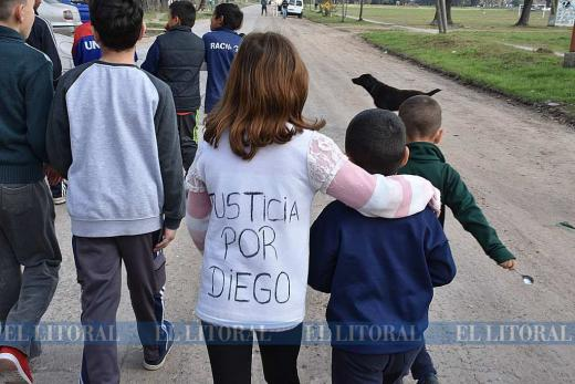 Marcha por Diego Roman