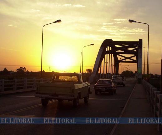 El puente carretero en fotos a través del tiempo