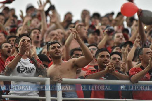 Los hinchas sabaleros en Asunción, encontrate