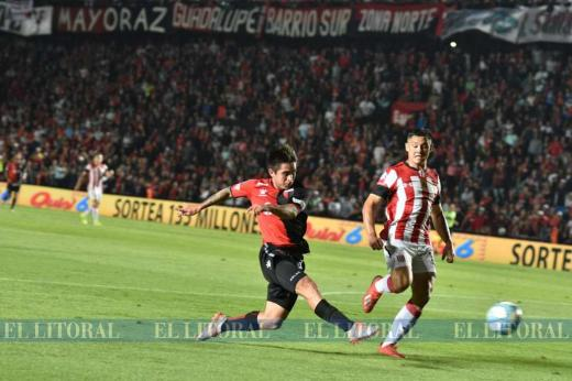 Colón 3 - Estudiantes 2