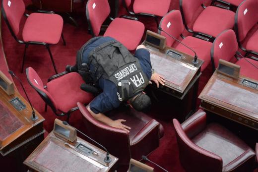 Perotti juró como gobernador en la Legislatura