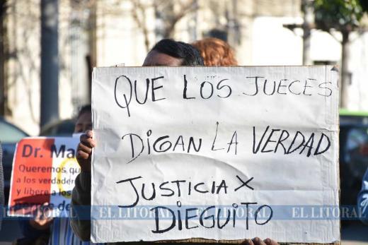 Caso Diego Román, imputaron a los dueños de los perros y hubo manifestación