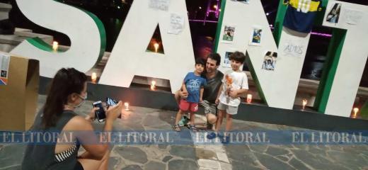 """En Santa Fe también se armó un """"altar"""" por Maradona"""