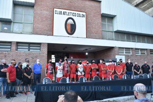 Básquetbol. Colón presentó su equipo para la Liga Argentina