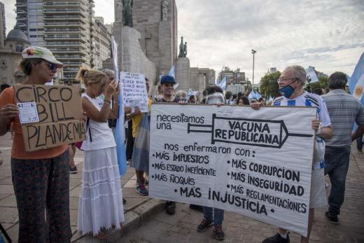 Imágenes de la marcha contra los vacunados vip