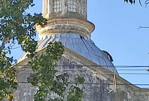 Las fotos de la iglesia de Santo Tomé que necesita reparación
