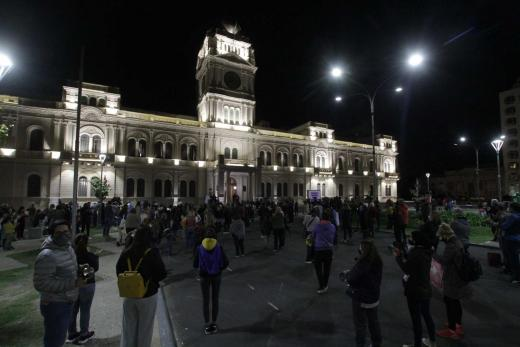 Paraná: Padres organizados volvieron a protestar frente a casa de Gobierno