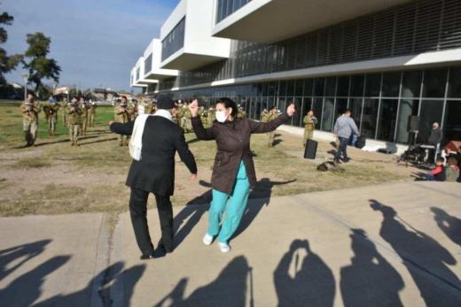 Música y baile para los empleados de Salud del Hospital Iturraspe