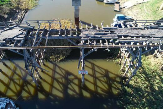 El viejo Puente Palito se cae a pedazos