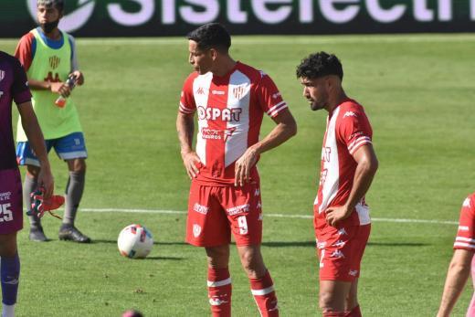 Unión perdió de local ante Estudiantes de La Plata