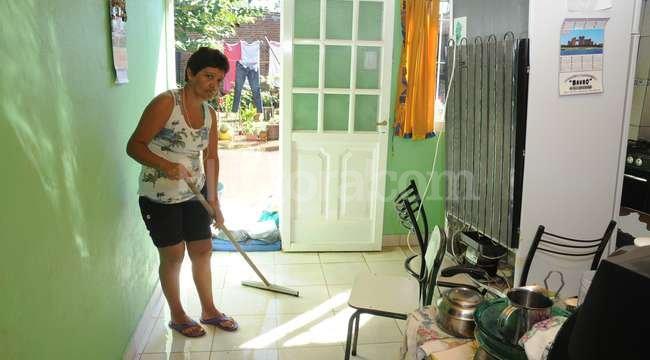 Consejos para limpiar las casas tras la inundaci n el - Trabajo de limpieza en casas ...