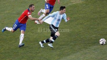 Mal momento para la familia de Messi en el estadio Nacional