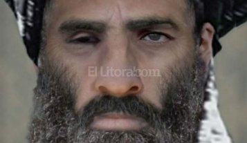 Talibanes confirman la muerte del mulá Omar y designan reemplazante