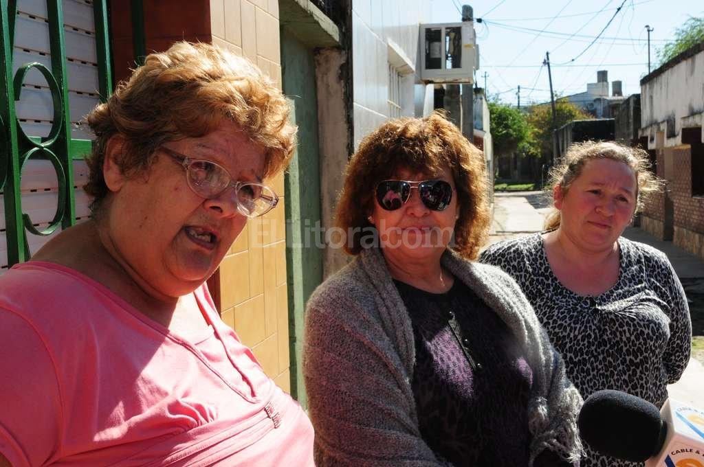 Vecinas del Pasaje Marsengo solicitan el cierre del callejón con rejas, para evitar el ingreso de personas ajenas a las viviendas. Flavio Raina