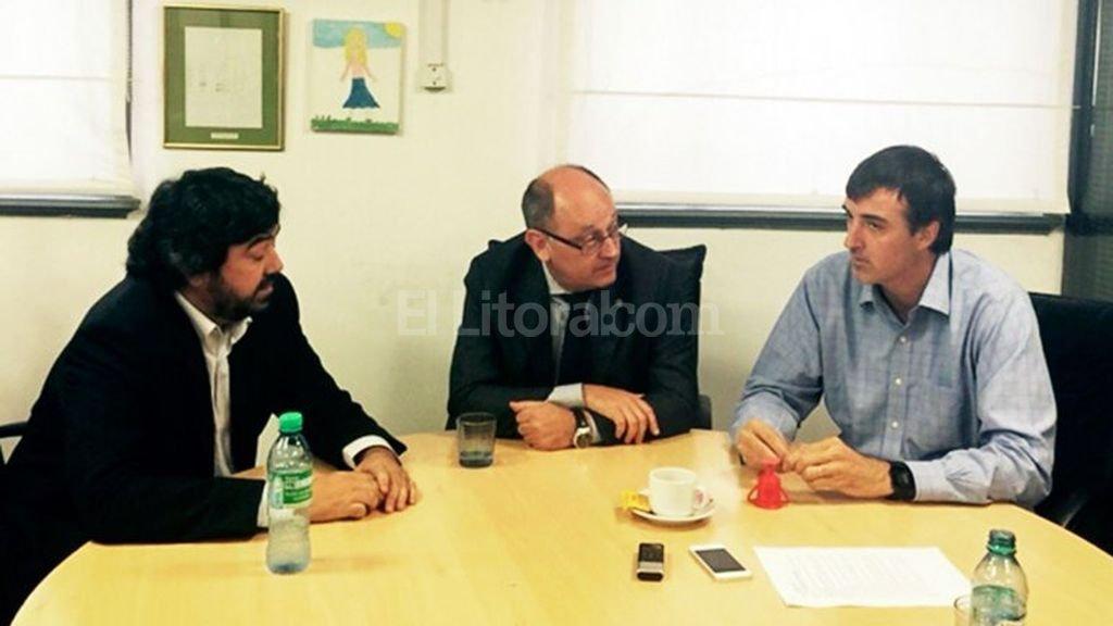 Juan Cruz Avila, Albord Cantard y el ministro Esteban Bullrich <strong>Foto:</strong> Prensa Cambiemos