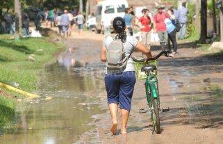 El avance del río inundó La Vuelta del Paraguayo