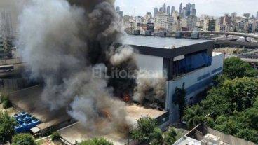 Por un incendio  evacuan Canal 13 Y TN