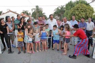 Inauguraron obras de pavimento en barrio Ledesco