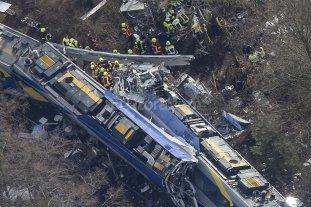 8 muertos y 150 heridos tras choque de trenes en Alemania