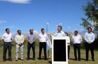 Macri anunci� la eliminaci�n de las retenciones mineras