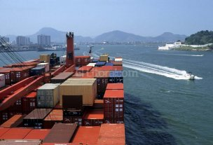 Exportaciones industriales santafesinas cayeron casi 50% el año pasado