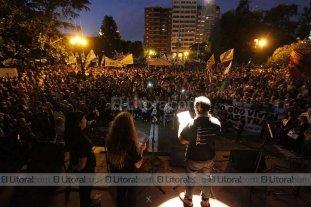 Santa Fe conmemor� el 40 aniversario del �ltimo golpe de Estado c�vico-militar