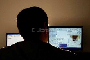 Pedófilo detenido por divulgar  fotos de un niño en Facebook