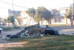 La esquina de la basura en Villa del Parque