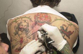 Tener tatuajes podr�a ser bueno para la salud